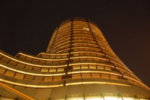 BIS The-Bank-For-International-Settlements-at-Night-Photo-by-Wladyslaw